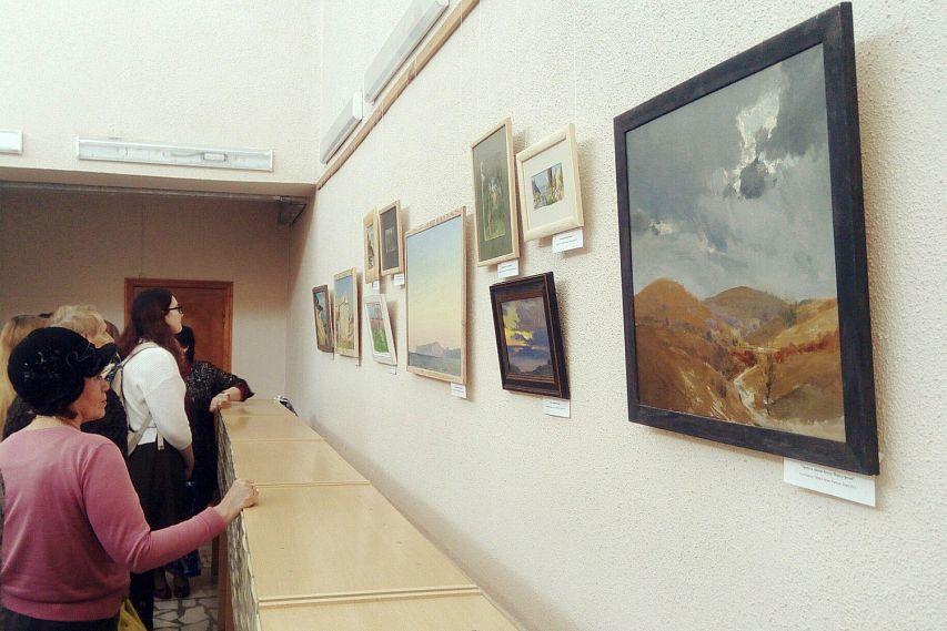 ВБрянске открывается ретроспективная выставка Евгения Воскобойникова
